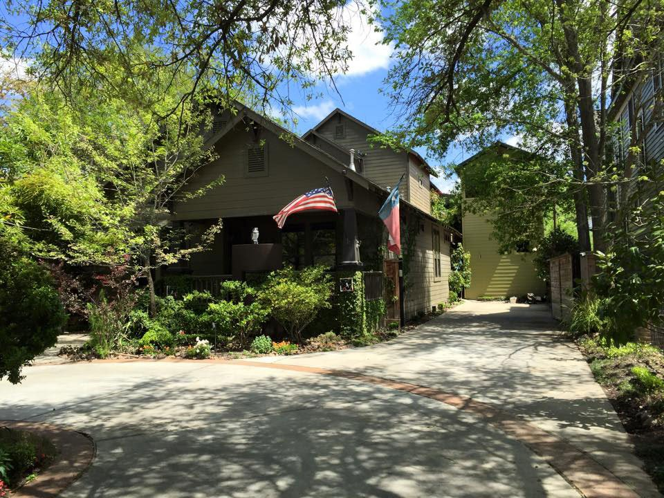 The John Palmer Art Gallery & Studio is located at 1218 Heights Boulevard in the heart of Houston's Historic Heights.